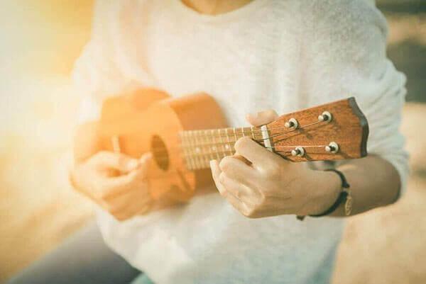ukulele-royalty-free-music